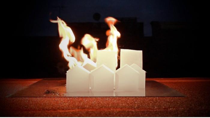 Christina_Battle,_Ôêå_(when_the_cities_burn),_2015