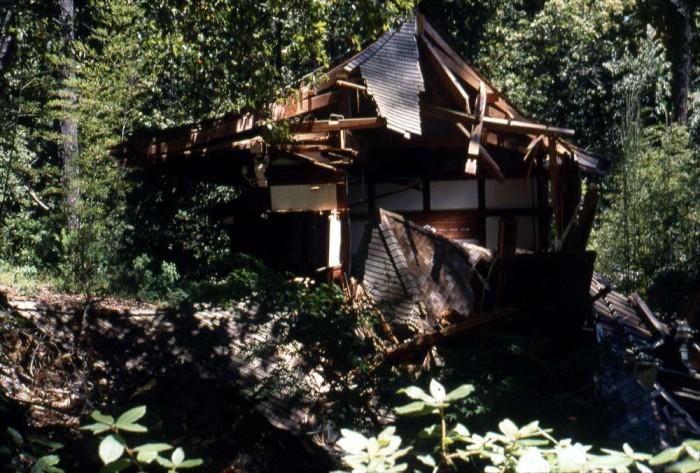 Broken-temple