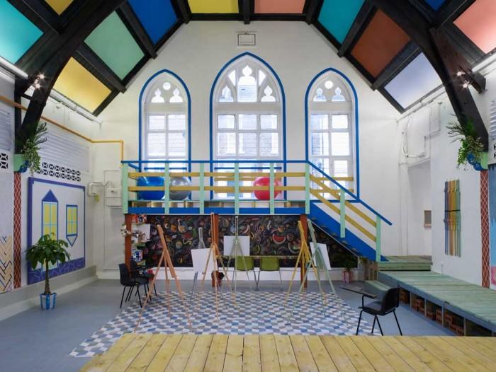 2.-Sol-Calero-'La-Escuela-del-Sur,'-2015.-A-Studio-Voltaire-commission.-Installation-view-Studio-Voltaire,-London.-Courtesy-of-the-artist-and-Laura-Bartlett-Gallery,-London