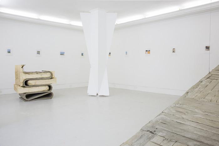Adrien Tirtiaux, exhibition view, «A linha clara»,  2016. Photo Samuel Esteves_1