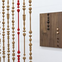 Edgar Orlaineta, The Discrepancy Between Physical Fact and Psychic Effect (Detail), 2016. Brass, wood (cottonwood, beech, cedar), oil paint. Courtesy of the artist and PROYECTOSMONCLOVA. Photo: Patrick López Jaimes