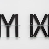 Pablo Accinelli, Materia y memoria (x) [Material and memory (x)], 2016. Boxes of whiskey, glass. 63 x 152 x 9,5 cm. Courtesy of Galeria Luisa Strina, São Paulo. Photo: Edouard Fraipont.