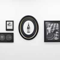 Martín Sichetti, Serie Notorious. Lápiz y pastel sobre papel. 170 x 150 cm aprox. Cortesía de Hache Galería, Buenos Aires.
