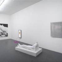 Rhonda Holberton, Front gallery installation view (from left to right): Developer, 2017. Inkjet on Vellum and steel bracing. 96 x 120 inches; The drone is not distracted by the perfume of flowers, 2017. Digital Animation. No sound (4K screen). 00:02:36; Get You Secondaries Ready, 2017. Found male mannequin: fiberglass and resin. 30 x 72 x 36 inches (on pedestal); Just This One Thing (tapestry), 2017. Cotton and steel. 40.5 x 52.5 inches. Courtesy: CULT Aimee Friberg Exhibitions. Photo credit: John Wilson White.