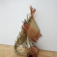 Hernández Marcelino Fudakowski, 2017. Tule, tinte. Fotografías. 950 x 170 cm. Cortesía de la artista, Lodos, Ciudad de México y ChertLüdde, Berlín. Fotografía: PJ Rountree.