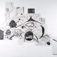 Matías Duville, Un animal, 2016. Carbonilla sobre papel. 200 x 400 cm.