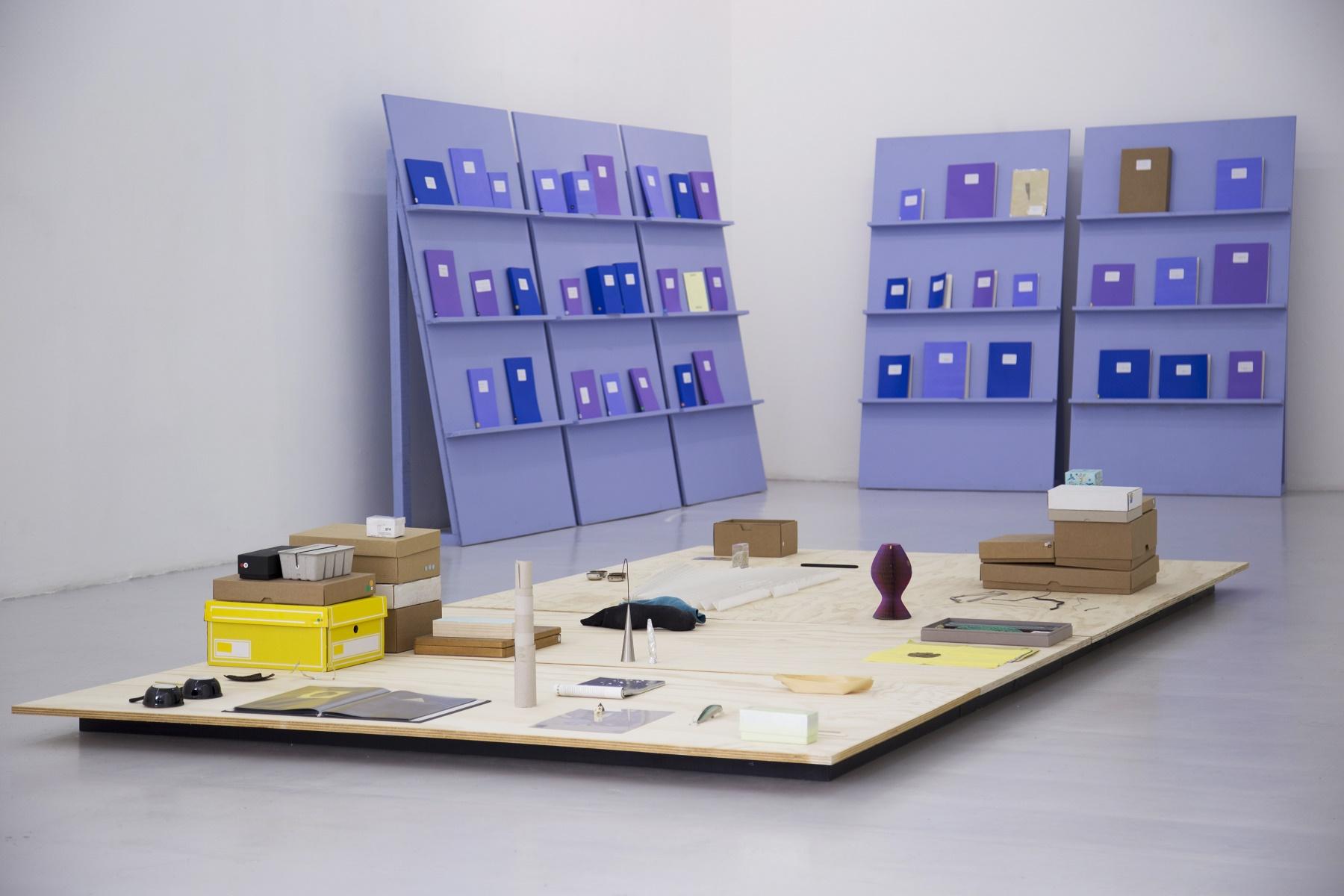 Los libros y las cosas: Martín La Roche at Galería Gabriela Mistral, Santiago, Chile