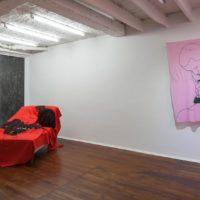 Installation view. Iván Navarro, Aracataca, mi sangre, me gustan los sofás, qué filo, soy voyerista. Courtesy of Sketch, Bogotá.