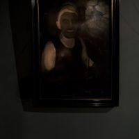 Balada nocturna para la mujer de barro, 2017. Óleo s/tela 70 x 40 cm. Cortesía de Big Sur, Buenos Aires.