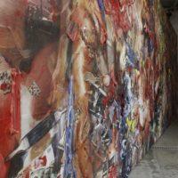 Fabián Marcaccio. Con-jecto México, 2010. Tintas pigmentadas en vinilo microperforado, pintura alquidálica, silicón y marco de acero, 4.5 x 10.96 m.