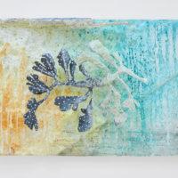 Lin May Saeed, Teneen Albaher Relief III, 2017. Styrofoam, steel, acrylic paint, 33,5 x 47 x 12,5 cm. Image courtesy of Lulu.