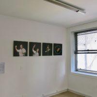 Vista de la exhibición Imágenes seropositivas, La ene, Buenos Aires, 2017. Cortesia de La ene