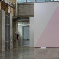 Carlos Motta, Formas de libertad. Sala A y Sala de Fundiciones, piso 1. Imagen cortesía del Museo de Arte Moderno de Medellín.