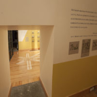 Vista de la exposición La propagación del mal, Centro Cultural de España en México, Ciudad de México, 2017-2018. Cortesía de Centro Cultural de España en México