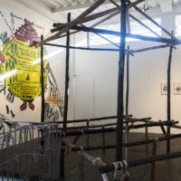 Marjetica Potrč. Vista de la exposiciónAcuerdo social, FLORA, Bogotá, Colombia, 2017-2018. Cortesía de FLORA Ars + Natura