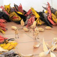 Quetzalcóatl, 2016. Hojas de maíz, semillas de maíz, software, hardware y medios mixtos. Dimensiones variables. Imagen cortesía del artista y Museo de Arte Contemporáneo de Oaxaca