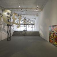 Vista de instalación, $€£ƒ = (+_+), Daniel Ruanova, 2018. Imagen cortesía del artista y PARQUE Galería. Foto: Ramiro Chaves