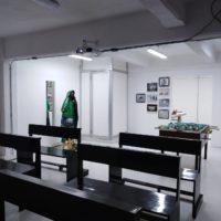 Chuzma, Javier Gutiérrez, Raúl Aguilar y Trilce Zúñiga. Vista de la exposiciónHaznos el Milagro en Mashimón, Ciudad de México, México, 2018. Cortesía de Mashimón