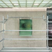 Adolfo Bimer, 294. Vista de instalación:Leer un rayo, Sagrada Mercancía en Galería Patricia Ready. Foto: Felipe Ugalde. Imagen cortesía de los artistas.