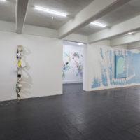Muestra colectiva. Vista de la exposición Murales temporales en Galería Karen Huber, Ciudad de México, 2018. Cortesía de Galería Karen Huber