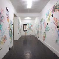 Marco Rountree. Sin título, 2018. Pintura en aerosol sobre muro. Cortesía de Galería Karen Huber