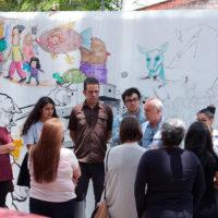 El 9 de agosto, el artista uruguayo Ricardo Lanzarini inauguró junto a los estudiantes que participaron en el taller Técnicas de dibujo y creación colaborativa. Imagen cortesía de Fundación Paiz.