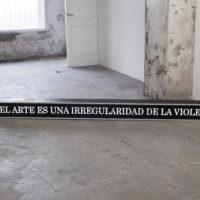 HACHE y El Gran Vidrio. Su aspecto es criminal, su corazón divino. Munar, Buenos Aires, Argentina 2018. Fotografía: Ignacio Isparra.