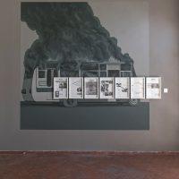 José Morbán, Palo Acechao (1984), (2018) Transfer sobre papel y pintura mural. Imagen cortesía de Casa Quién