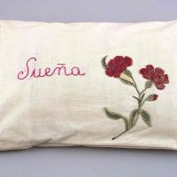 Feliciano Centurión, Sueña (Dream) (1996). Hand embroidered pillow, 8 11/16 x 12 3/16 in., Blanton Museum of Art, The University of Texas at Austin, Museum purchase with funds provided by Donald R. Mullins Jr., 2004
