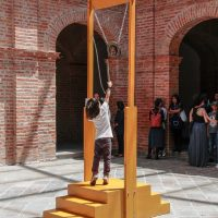 Obra de Xavier Patiño (Guayaquil, 1961), en La Artefactoría, Centro de Arte Contemporáneo de Quito, 2019. Fotografía: Pablo Jijón. Comunicación y Diseño, Centro de Arte Contemporáneo de Quito