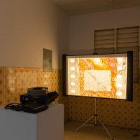 Beatriz Santiago Muñoz,10 Years (2014). 80 diapositivas, película. Cortesía de la artista e Hidrante