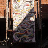 GuidoOrlando Contrafatti, Columna de humo (2017). Óleo y esmalte sintético sobre tela. Foto por Mailén Pankonin