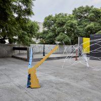Gwladys Alonzo, El vicio del peso (2019). Vista de instalación.Foto por Sergio Lopez. Cortesía de Hilario Galguera