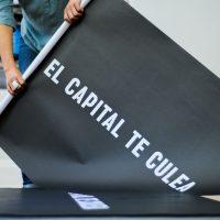 Teresa Margolles, El capital te culea.Vista de instalación. Foto por Lorna Remmele, cortesía delMuseo de la Solidaridad Salvador Allende