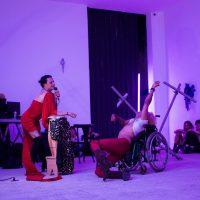 MEXA (Yasmin Bispo e Anita Silvia), Untitled (2019). Performance