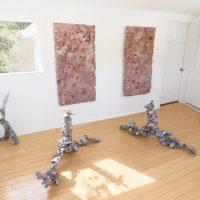 Sarah McMenimen, Mud (2019). Installation view. Image courtesy of the artist and Garden. Photo by Marten Elder