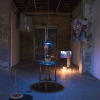 Peluscencias (2020). Vista de instalación. Foto por Lihuel González para Estudio Sur Fotografía