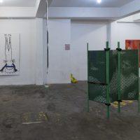 Relamida (2020). Vista de instalación. Foto por Alfredo Mora, Cortesía CLAVEL