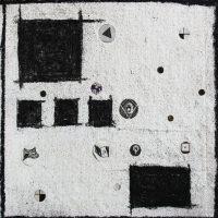 """Alfonso Zárate, De la serie: pequeños apuntes de esas viejas calles de """"Piedra"""" (2017). Carbón y papel periódico sobre tela"""