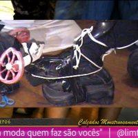 """Frame from the live performance """"Webseries Calçado de Monstro"""" EP06"""